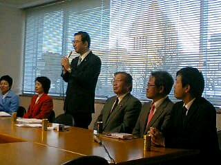 志位委員長の代表質問の傍聴にいきました。