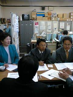 民青のみなさんと雇用対策の充実を県に要請しました。