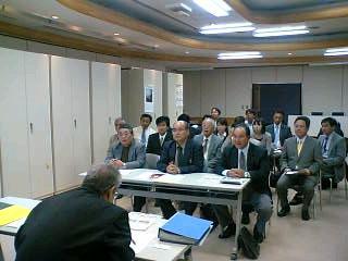 山梨県後期高齢者医療広域連合との懇談会に参加しました。
