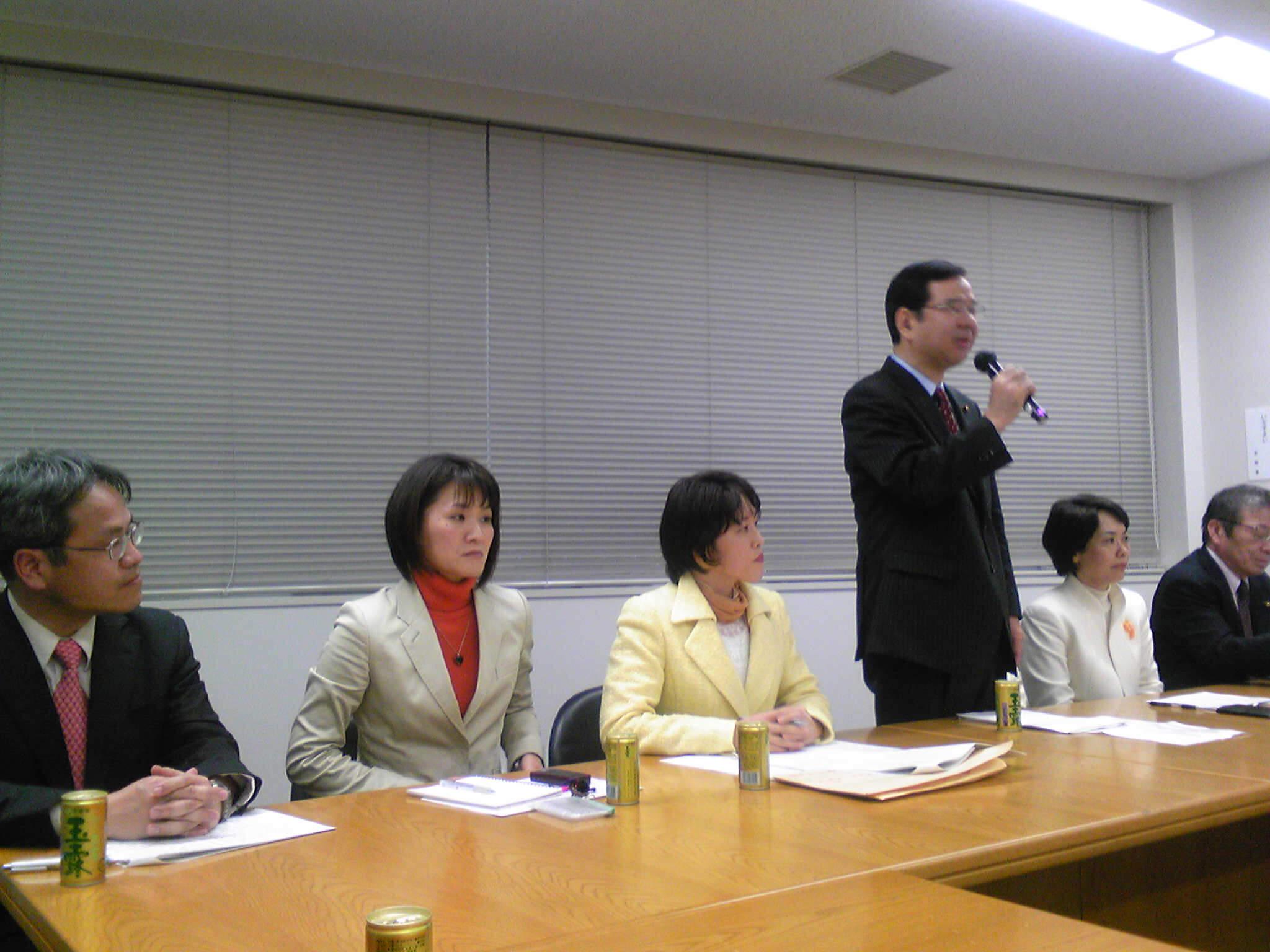 志位委員長代表質問を傍聴しました。